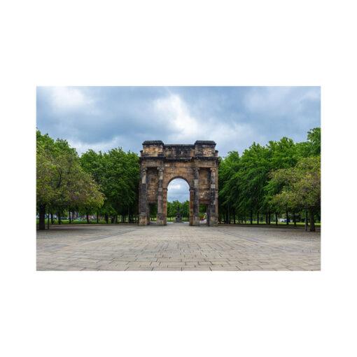 mclennan arch glasgow colour