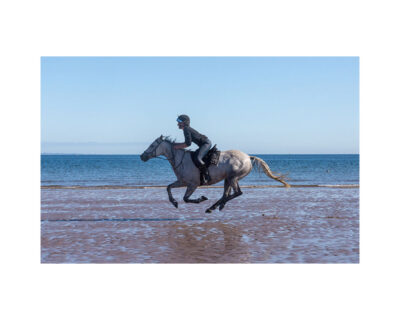 yellowcraig beach galloping horse